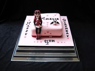 Stupendous Draculaura Cake By Heidis Cakes Of Lechlade Heidi Flickr Funny Birthday Cards Online Hendilapandamsfinfo