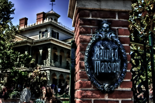 Ghost Hunters Disneyland:  They're Real And They're Rude by hbmike2000