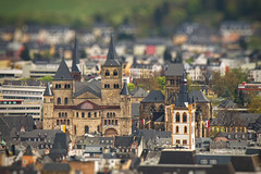 [Free Images] Architecture, Religious Buildings, City / Town, Churchs / Catedrals, Christianity, Cathedral of Trier, World Heritage, Landscape - Germany, Tilt-Shift / Miniature Fake ID:201205061600