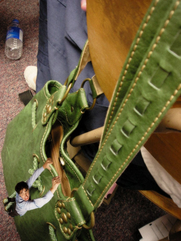 Giantess purse