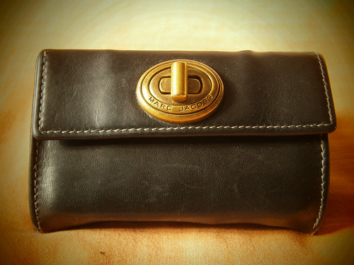 black marc jacobs turnlock coin purse walelt manila philippines
