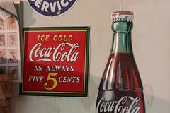 liqueur(0.0), alcoholic beverage(0.0), soft drink(1.0), carbonated soft drinks(1.0), drink(1.0), cola(1.0), coca-cola(1.0), brand(1.0),