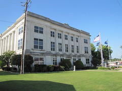 Marshall county courthouse - Madill , Ok