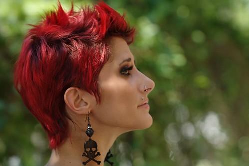 [フリー画像素材] 人物, 女性, 人物 - 横顔・横を向く, 女性 - ショートヘア, アメリカ人 ID:201206221800