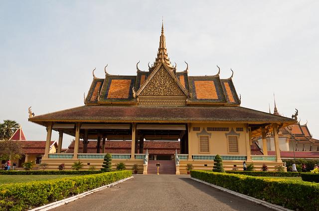 Phnom Penh 124