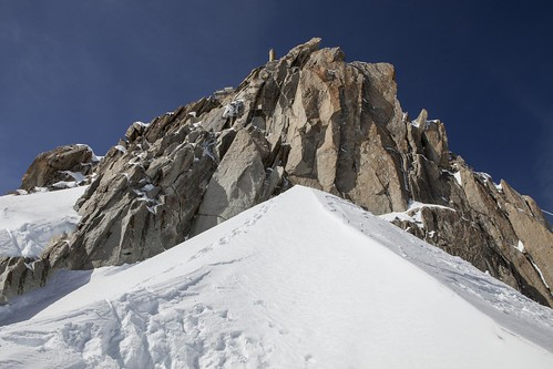 Looking up towards the Aiguille du Midi Platform