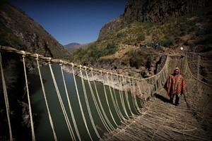 puente-colgante-canion-del-rio-apurimac