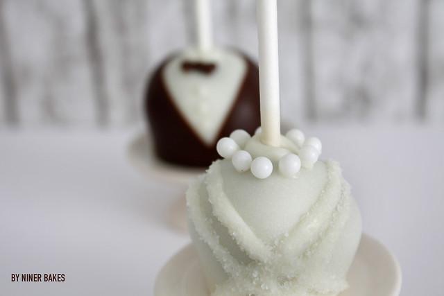 tutorial f r hochzeits cake pops so werden braut br utigam cake pops gemacht niner bakes. Black Bedroom Furniture Sets. Home Design Ideas