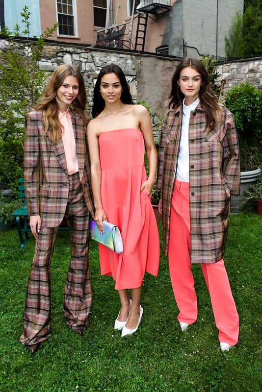 Stella-McCartney-Resort-2013-Garden-Party.9