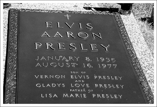 Elvis' Grave 1