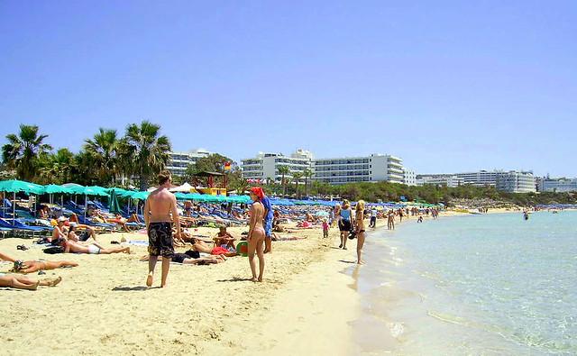Пляж Пантаху. КПляжи Кипра а городе Айя-Напа