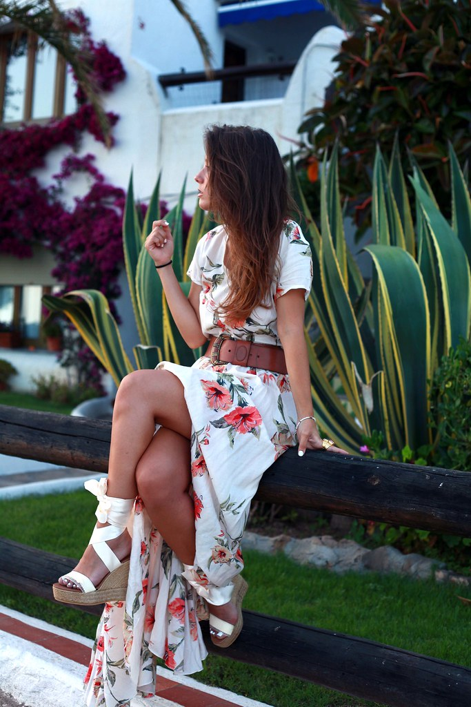 022_flower_dress_outfit