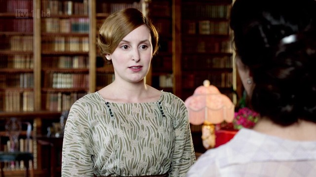 DowntonAbbeyS02E07_Edithgreenswirly