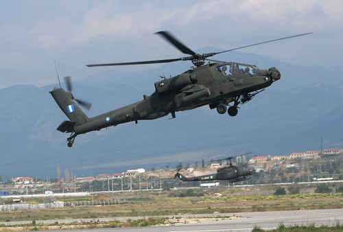 BELL UH-1H ΕΣ810**AH-64HA APACHE ΕΣ1028