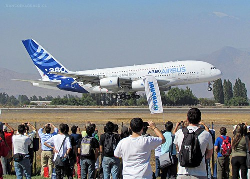 AIRBUS A380 | FIDAE 2012 by Pablo C.M || BANCOIMAGENES.CL