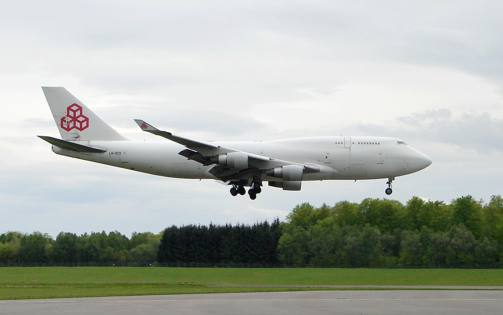 747DCV