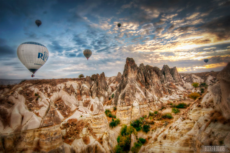 7203429216 3115381cfa c Bobbing Like Apples in Cappadocia with @RoyalBalloon