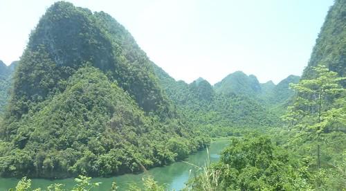 C-Guangxi-Route Chutes Detian (77)