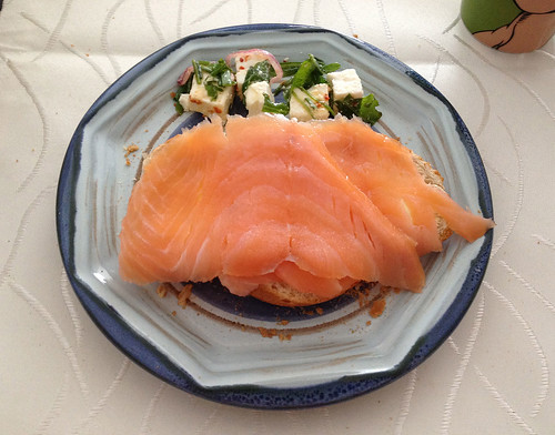 Räucherlachs & Mozzarella / Smoked salmon & mozzarella