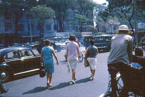 Saigon 1965-66 (8) - Nguyen Hue Boulevard