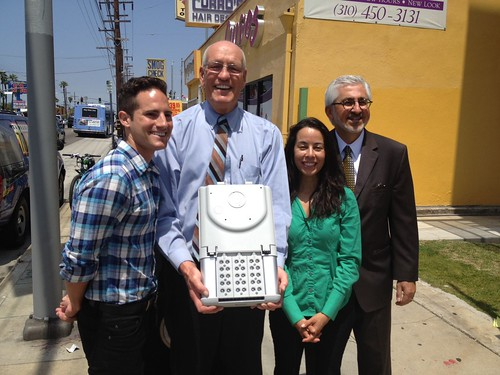 ... of Street Lighting gathered near Lincoln and Venice today to announce a green project and pilot program that is expected to save the City of Los Angeles ...  sc 1 st  Yo! Venice & Solar Panel Street Lights are Coming to Venice! - Yo! Venice!