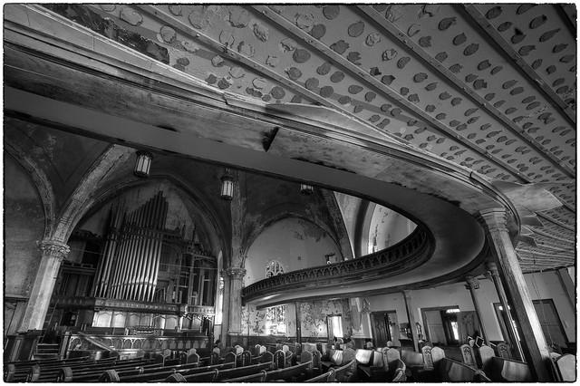 Woodward avenue presbyterian church of god detroit for Cuisine 670 lothrop detroit