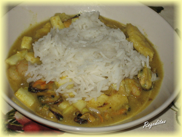 CURRY DE MARISCO CON COCO