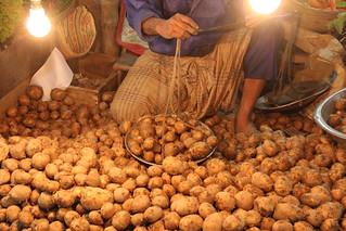 vendeur de pomme de terre Khulna Bangladesh