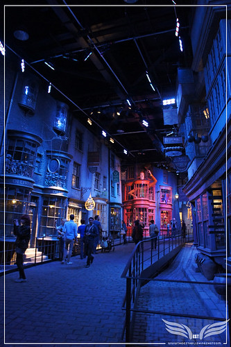 The Establishing Shot: The Making of Harry Potter Tour - Diagon Alley at night by Craig Grobler