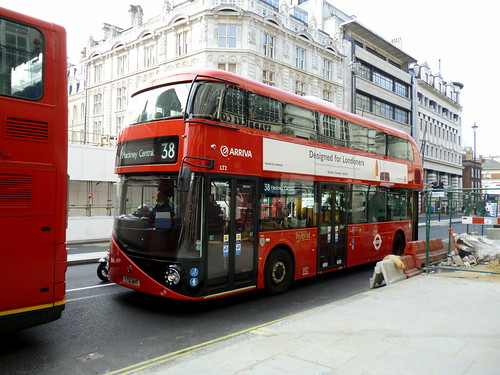 New Bus for London LT2, LT61 BHT