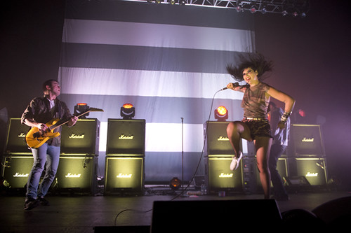 sleigh_bells-fox_theater_pomona_ACY0812