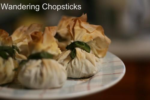 ... Food, Recipes, and More: Mushroom Cream Cheese Phyllo Bundles