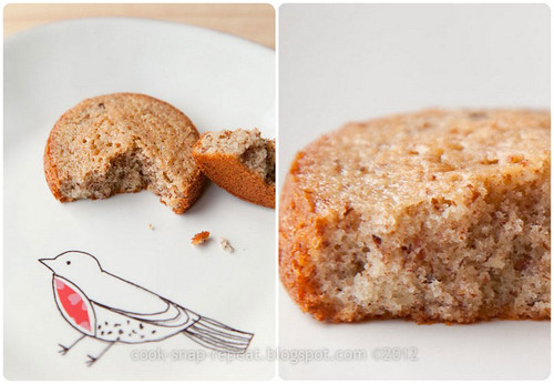 mini-almond-cakes