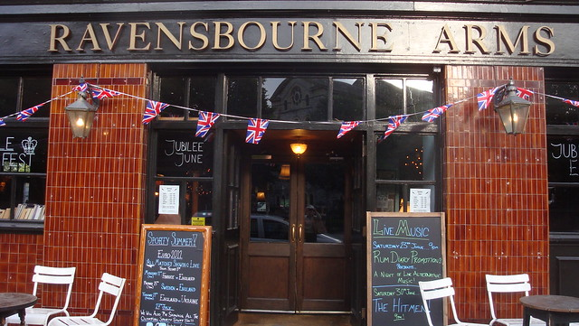 Ravesbourne Arms entrance