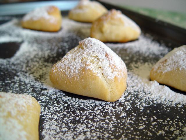 petit pain au chocolat, 3