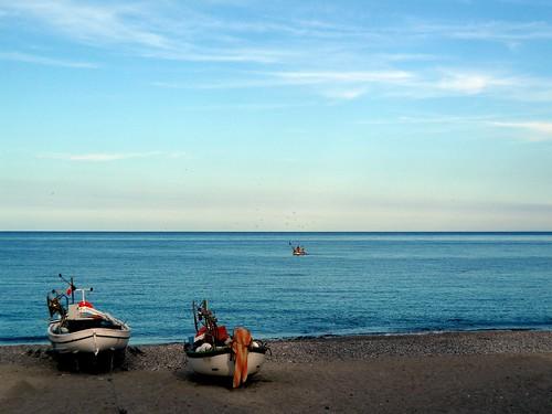 sea italy beach italia mare liguria barche pesca spiaggia noli