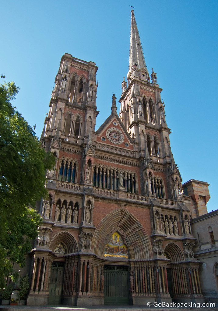 Facade of Iglesia del Sagrado Corazon