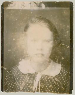 Photobooth Fading Girl