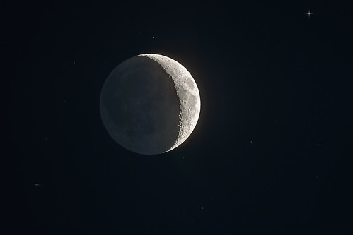 HDR Moon with earthshine 25 May 2012
