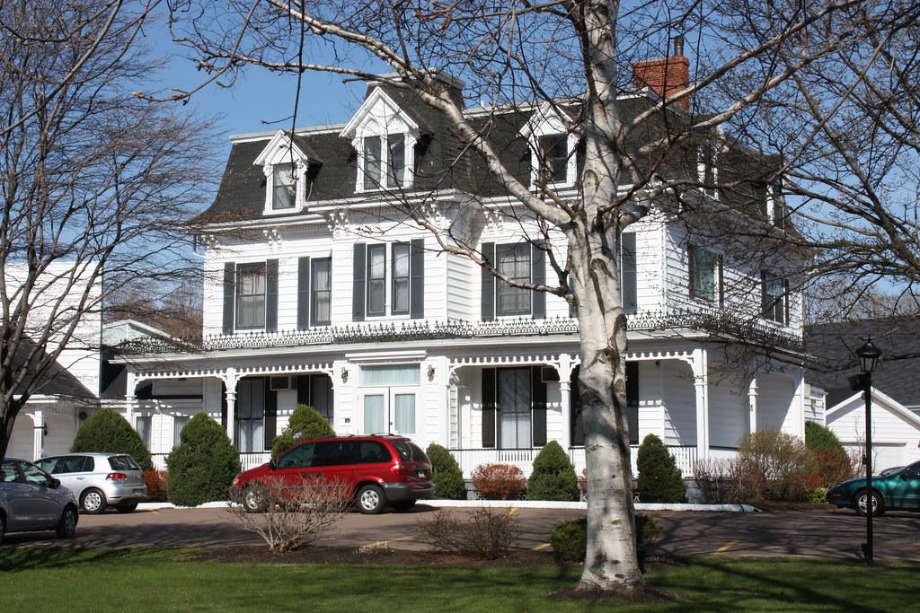 Pei funeral homes avie home for Pei home builders