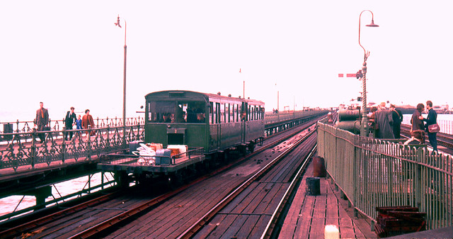 R1682. Ryde Pier Tramway. July,1964. | Flickr - Photo Sharing!