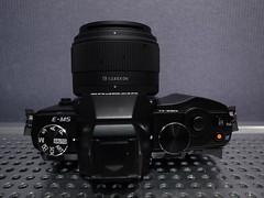 OM-D + SIGMA 19mm f2.8 EX DN