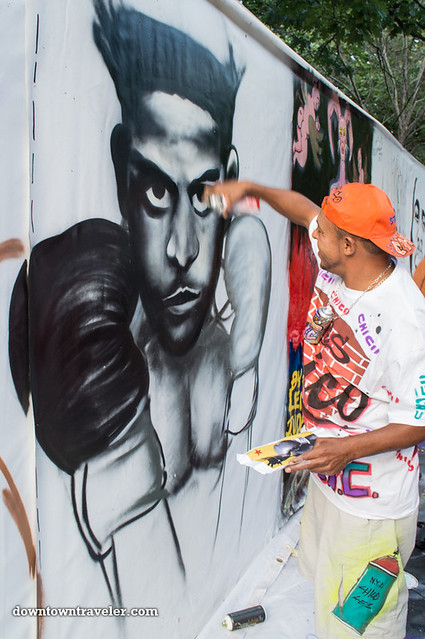 Street artist at NYC Howl Festival 01