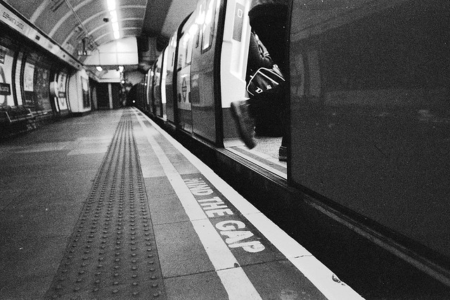 A very Generic Mind the Gap Photo