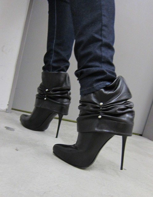 New GML ankle boots