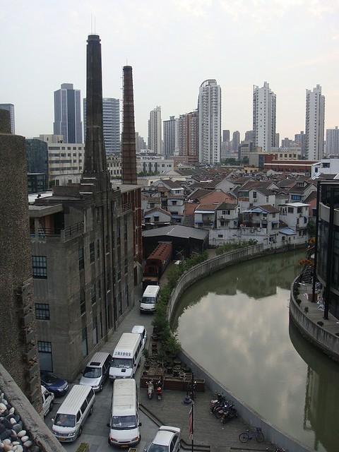 07 在1933的楼顶看到的上海