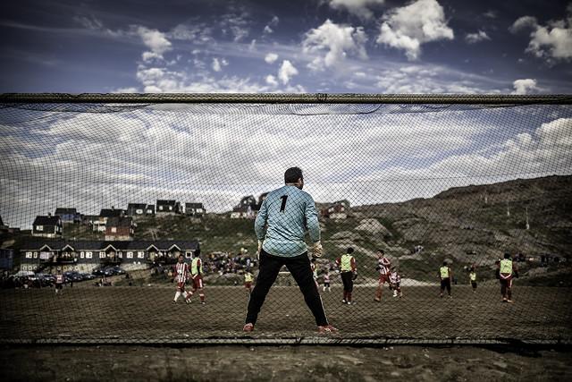 Soccer match in Tasiilaq 02