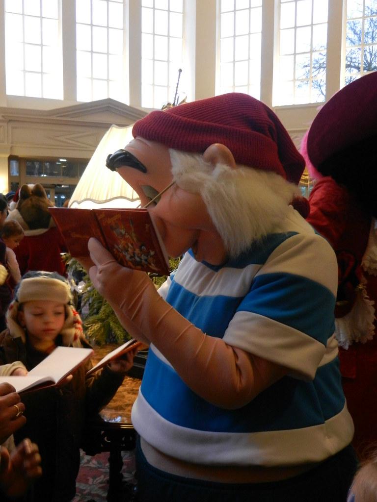 Un séjour pour la Noël à Disneyland et au Royaume d'Arendelle.... - Page 4 13693218615_94a94b6b0e_b