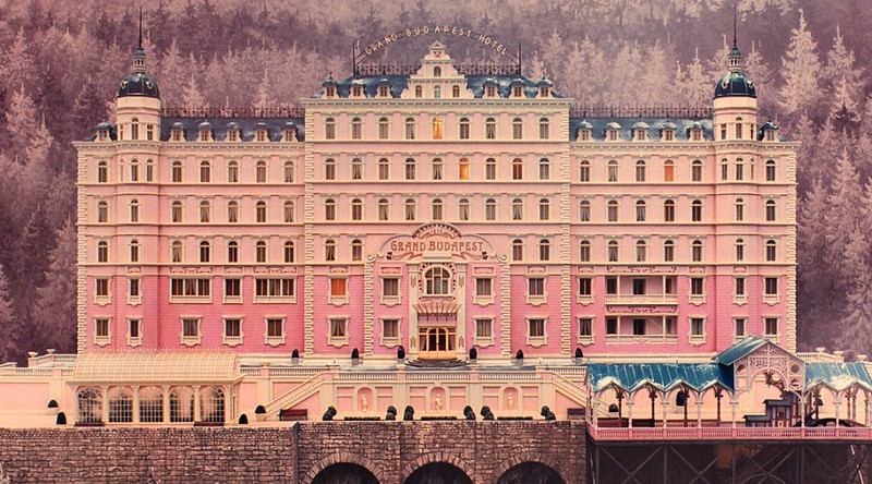 The-Grand-Budapest-Hotel-Still-1038x576