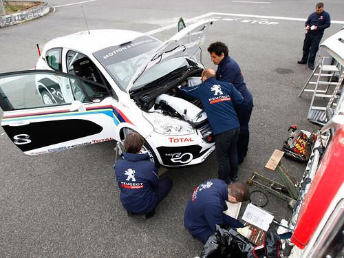 Peugeot R2